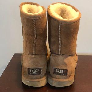 UGG Australia | size 8 chestnut color short Uggs